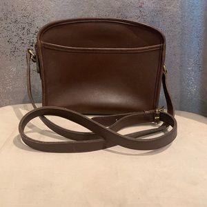 Classic Coach long shoulder/crossbody brown purse